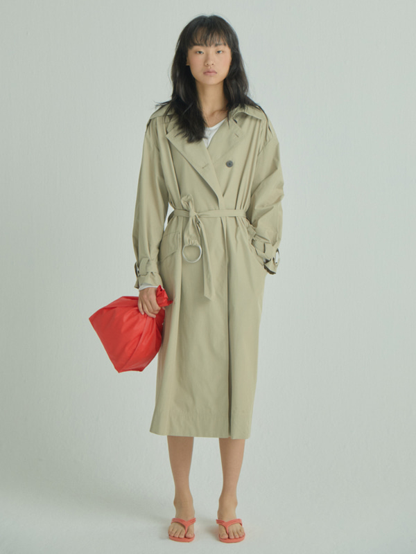 Long and Flow  Trench Coat / Beige